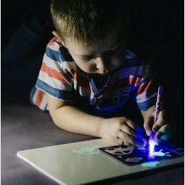 "Набор для творчества ""Рисуй светом"" формата А3"