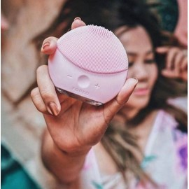Электронная щетка для чистки лица Foreo Luna mini 2